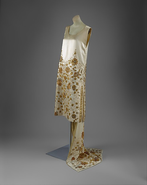 Evening dress, House of Worth (French, 1858–1956), silk, beads, metal thread, French