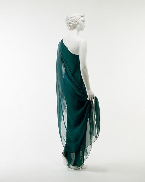 Evening dress, Halston (American, Des Moines, Iowa 1932–1990 San Francisco, California), silk, American