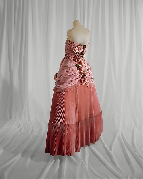 Ball gown, House of Balenciaga (French, founded 1937), silk, steel, French
