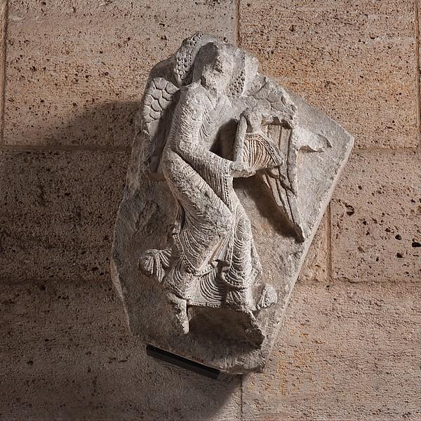 Angel, Limestone, French