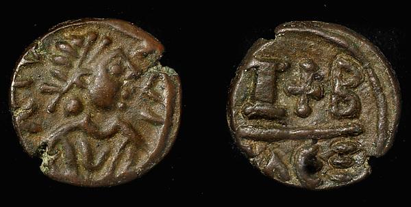 12 Nummi of Focas, Copper