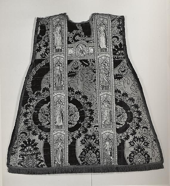 Chasuble, Silk & metal thread, Spanish (?)