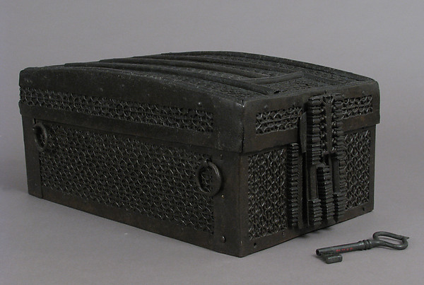 Coffret, Iron, wood core, textile interior, European