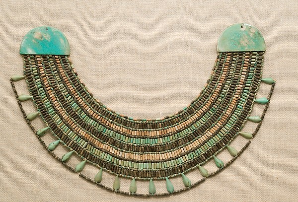 Broad collar, Black, white and blue-green faience