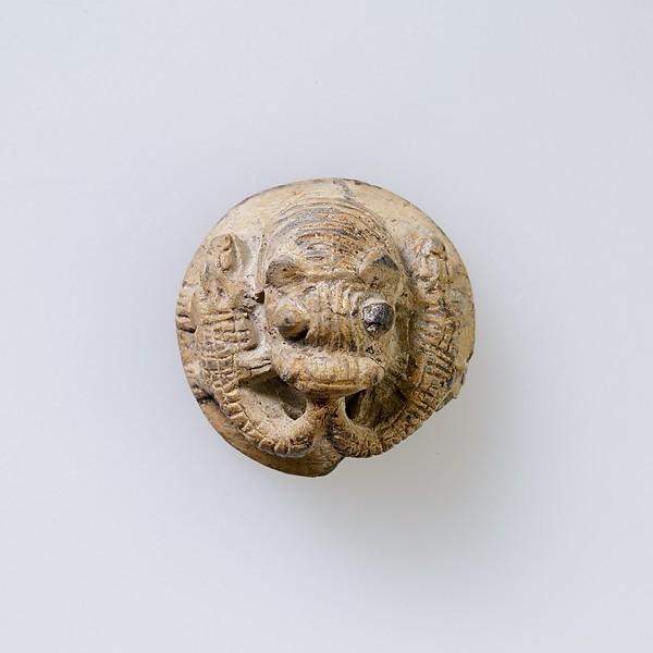 Hippopotamus-Head Design Amulet Inscribed With Four Linked Ibex Heads., Steatite, white glazed