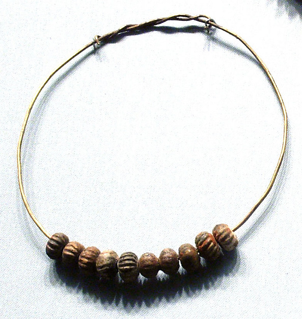 Melon Beads on a gold wire, Gold, faience