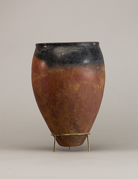 Black-topped red ware jar, Pottery