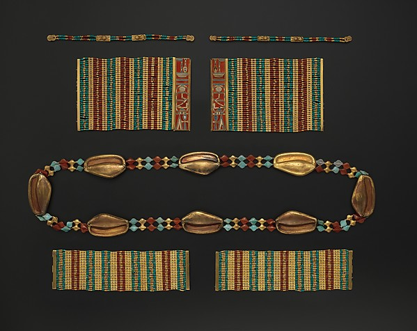 Lion Bracelet of Sithathoryunet, Gold, carnelian, turquoise