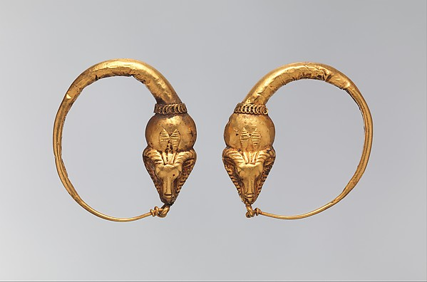 Earring with ram crowned by disk and 'uraei', Gold