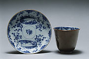 Beaker and saucer, Hard-paste porcelain, Chinese, for European market