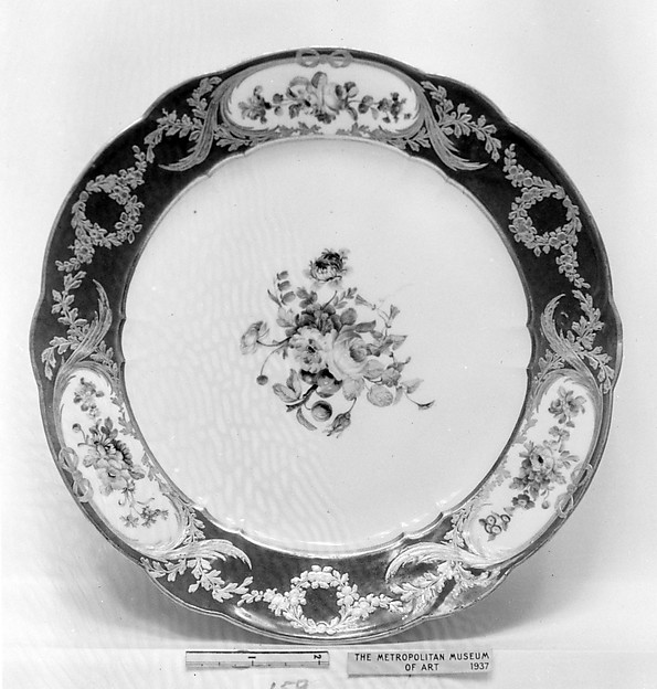 Plate (part of a service), Sèvres Manufactory (French, 1740–present), Soft-paste porcelain, French, Sèvres