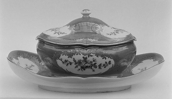 Sugar bowl (one of four) (part of a service), Sèvres Manufactory (French, 1740–present), Soft-paste porcelain, French, Sèvres