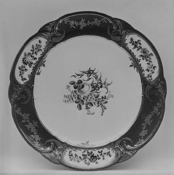 Plate (Assiette à palmes) (1 of 102) (part of a service), Sèvres Manufactory (French, 1740–present), Soft-paste porcelain, French, Sèvres