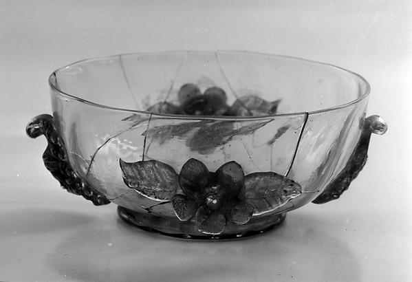 Bowl, Glass, Italian, possibly Venice (Murano)