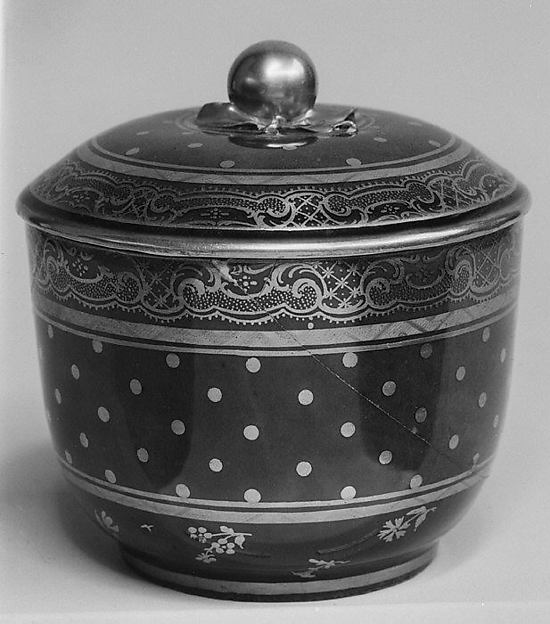 Sugar bowl, Sèvres Manufactory (French, 1740–present), Soft-paste porcelain, French, Sèvres