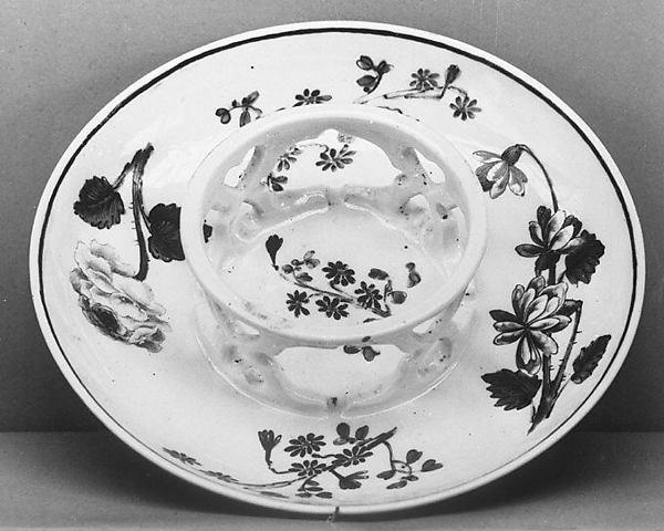 Saucer, Vienna, Hard-paste porcelain, Austrian, Vienna