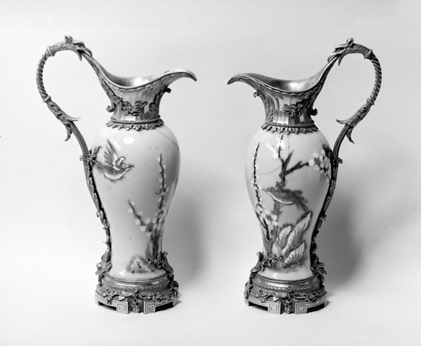 Pair of ewers, Gilt bronze, hard-paste porcelain, French