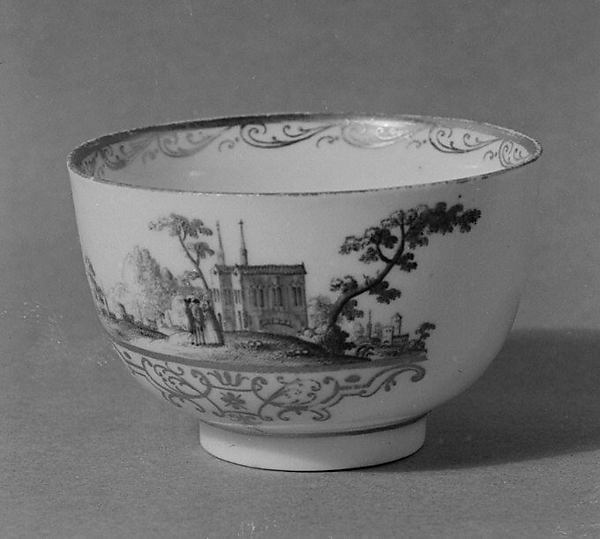 Cup and saucer, Imperial Porcelain Manufactory  (Vienna, 1744–1864), Hard-paste porcelain, Austrian, Vienna