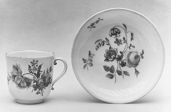 Cup, Höchst Manufactory (German, 1746–1796), Hard-paste porcelain, German, Höchst