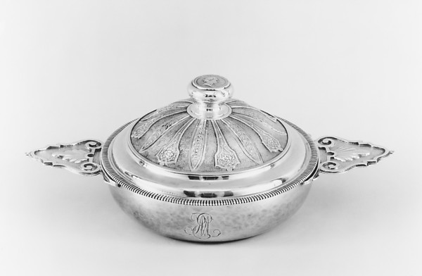 Bowl with cover (Écuelle), Ipolyte Garlet (master 1720), Silver, French, Montpellier