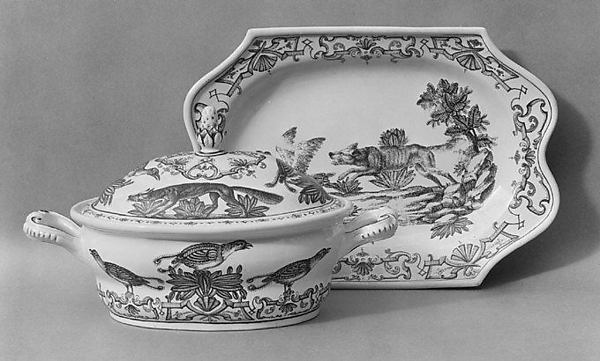 Tureen and stand, Vienna, Hard-paste porcelain, Austrian, Vienna