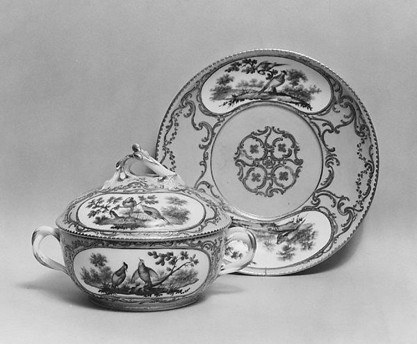 Bowl with cover (écuelle) and tray, Sèvres Manufactory (French, 1740–present), Soft-paste porcelain, French, Sèvres