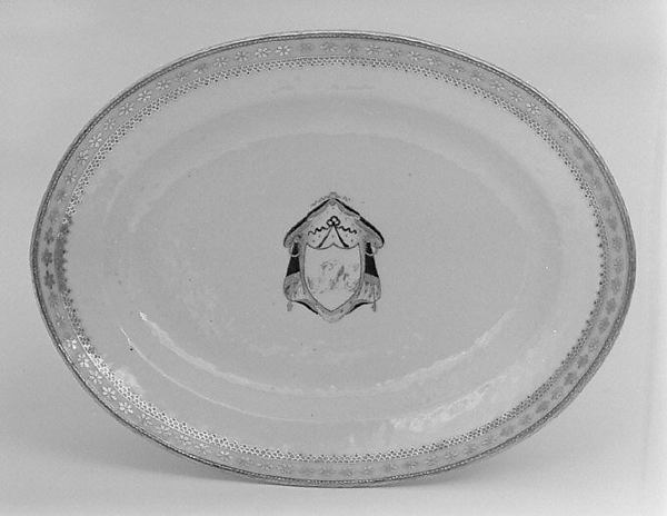 Platter (part of a service), Hard-paste porcelain, Chinese, for British market