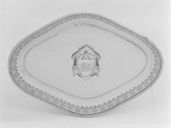 Tray (part of a service), Hard-paste porcelain, Chinese, for British market