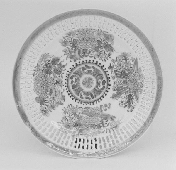 Plate, Hard-paste porcelain, Chinese, probably for American market