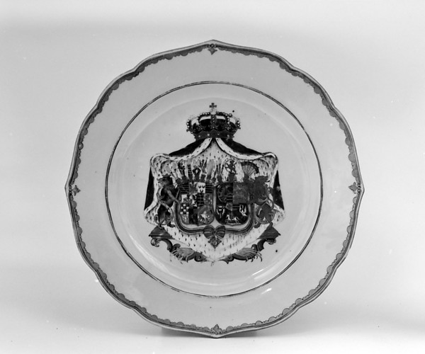 Dish (part of a service), Hard-paste porcelain, Chinese, for German market