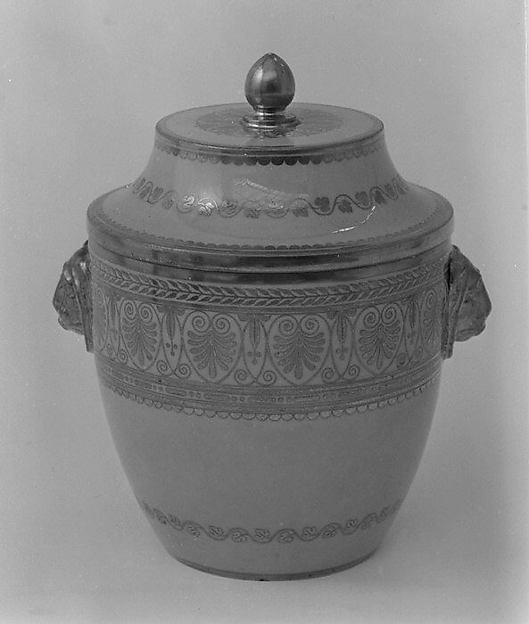 Sugar bowl with cover (pot à sucre pestum) (part of a service), Sèvres Manufactory (French, 1740–present), Hard-paste porcelain, French, Sèvres