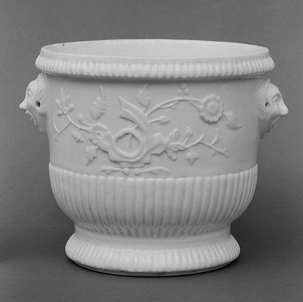 Bottle cooler (seau à demi-bouteille) (one of a pair), Saint-Cloud factory (French, before 1698–1766), Soft-paste porcelain, French, Saint-Cloud