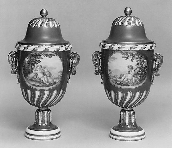 Vase with cover (vase feuille de laurier) (one of a pair), Sèvres Manufactory (French, 1740–present), Soft-paste porcelain, French, Sèvres