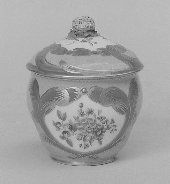 Sugar bowl with cover (pot à sucre Hébert) (part of a service), Sèvres Manufactory (French, 1740–present), Soft-paste porcelain, French, Sèvres