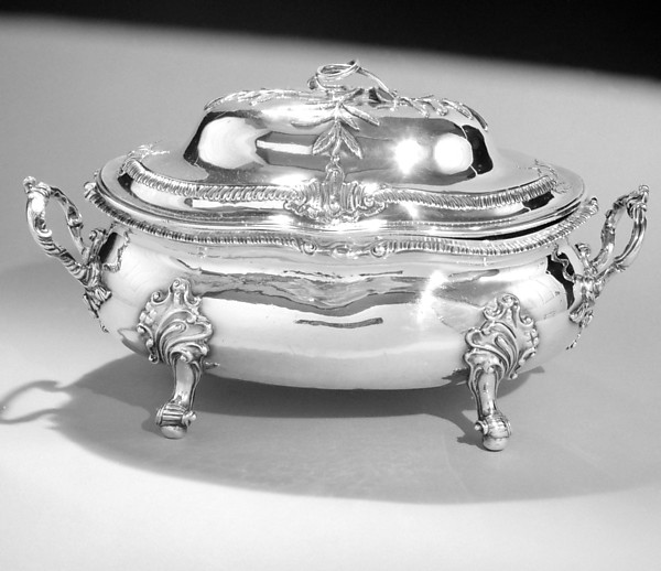 Tureen with cover, Probably by William Homer (entered 1758, died 1773), Silver, Irish, Dublin