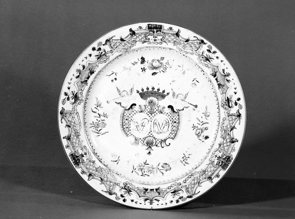 Platter (one of a pair), Hard-paste porcelain, Chinese, for Danish market