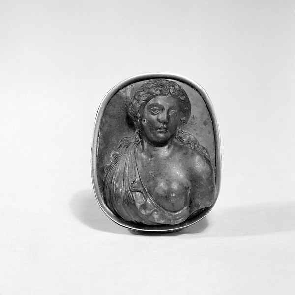 Female bust portrait, Emerald plasma and silver, Italian, Milan