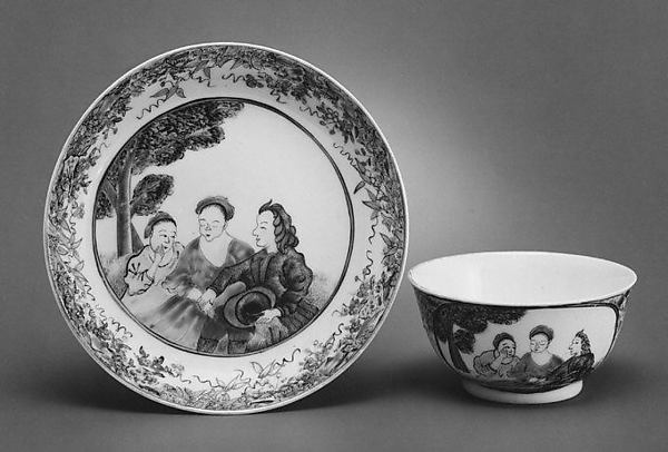 Teabowl and saucer, Hard-paste porcelain, Chinese, for European market