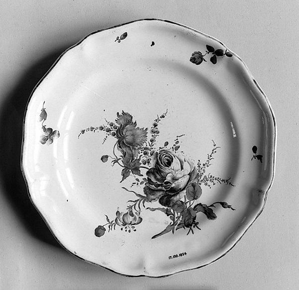 Plate, Faience (tin-glazed earthenware), French, Lunéville