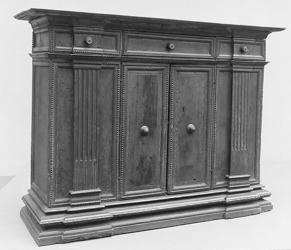 Cabinet (credenza), Walnut, Italian, Tuscany