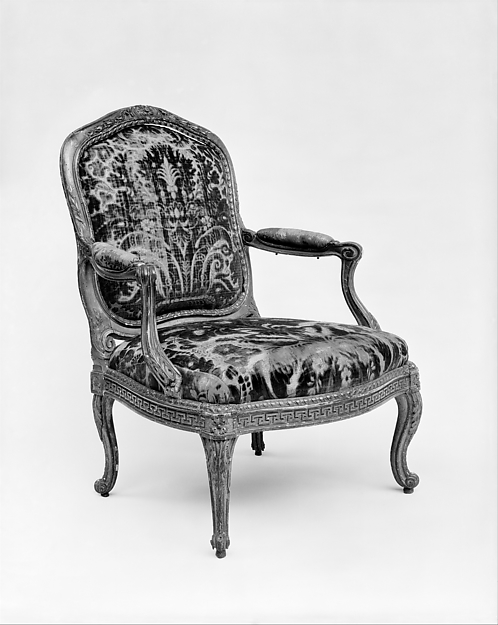Armchair, Jean-Jacques Pothier (master 1750, working until ca. 1780), Carved and gilded beechwood; cut velvet upholstery, French