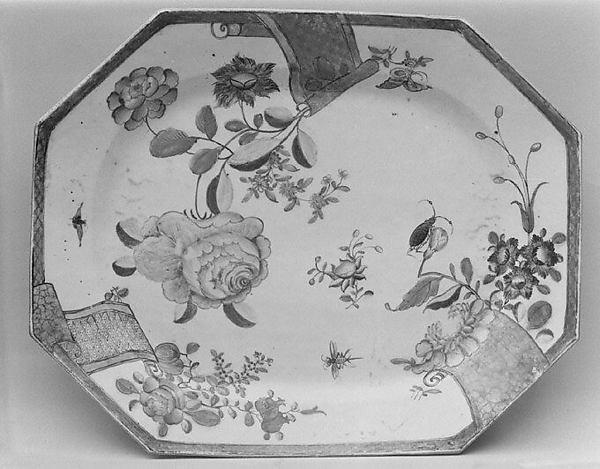 Platter, Hard-paste porcelain, Chinese, for European market