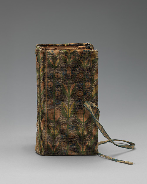 Bookbinding of repeat foliate pattern, Attributed to the weaving workshop funded by William Sheldon (Barcheston, Warwickshire and Bordesley, Worcestershire), Wool, silk, silver-metal-wrapped thread, containing a seventeenth-century printed book, British, possibly Barcheston or Bordesley