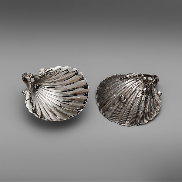 Pair of scallop-shell dishes, Jacques-Nicolas Roettiers (1736–1788, master 1765, retired 1777), Silver, French, Paris