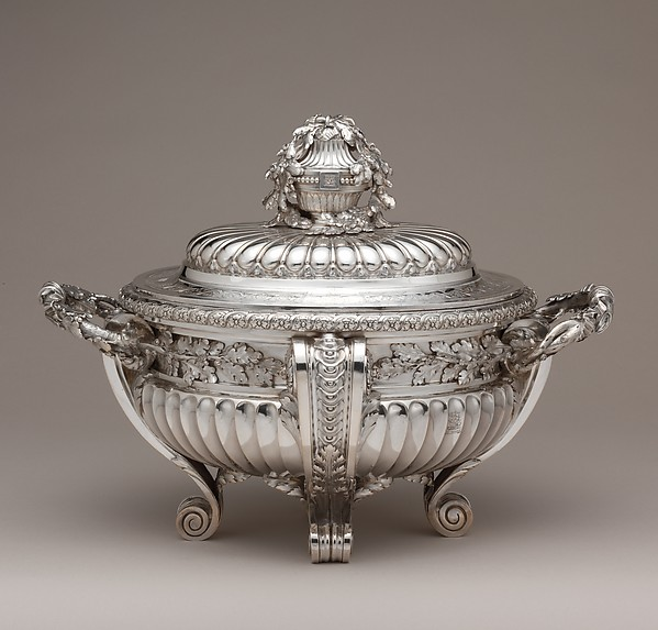 Tureen with cover, Jacques-Nicolas Roettiers (1736–1788, master 1765, retired 1777), Silver, French, Paris