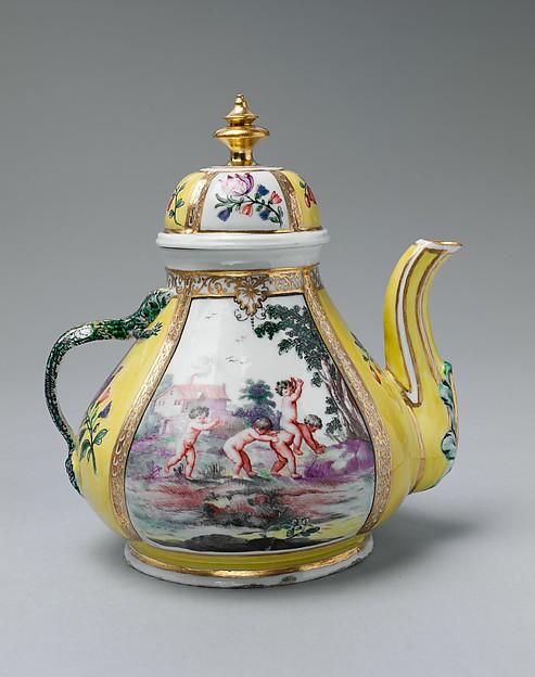 Teapot (part of a service), Doccia Porcelain Manufactory (Italian, 1737–1896), Hard-paste porcelain, Italian, Florence