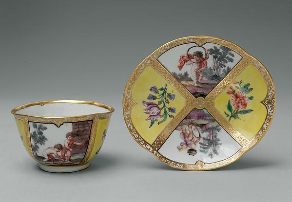 Cup and saucer, Doccia Porcelain Manufactory (Italian, 1737–1896), Hard-paste porcelain, Italian, Florence