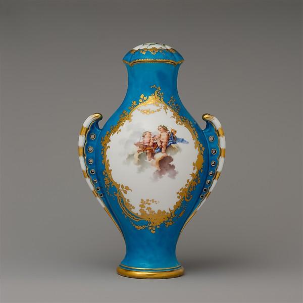 Vase with cover (vase urne antique), Sèvres Manufactory (French, 1740–present), Soft-paste porcelain, French, Sèvres