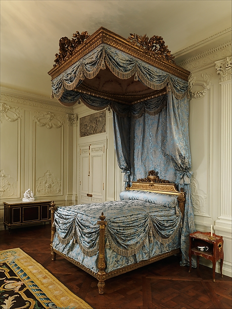 Tester bed (lit à la duchesse en impériale), Georges Jacob (French, Cheny 1739–1814 Paris), Carved, painted and gilded walnut, pine, and linden; iron hardware; silk and wool Beauvais tapestry; modern silk damask, French, Paris