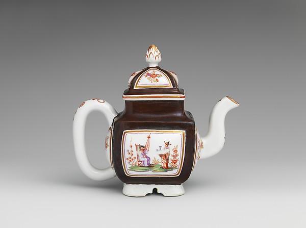 Teapot, Vienna, Hard-paste porcelain, Austrian, Vienna